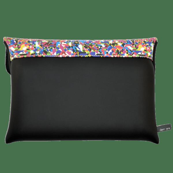 clutch-bag-ipad-case-9.7-neoprene-graphic-pixel-tv-back