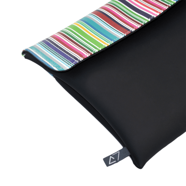 clutch-bag-ipad-case-9.7-neoprene-graphic-colorful-stripes-front-detail-logo-Derriereitalia