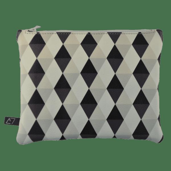 Belt-bag-pochette-rhombus-pattern-detail
