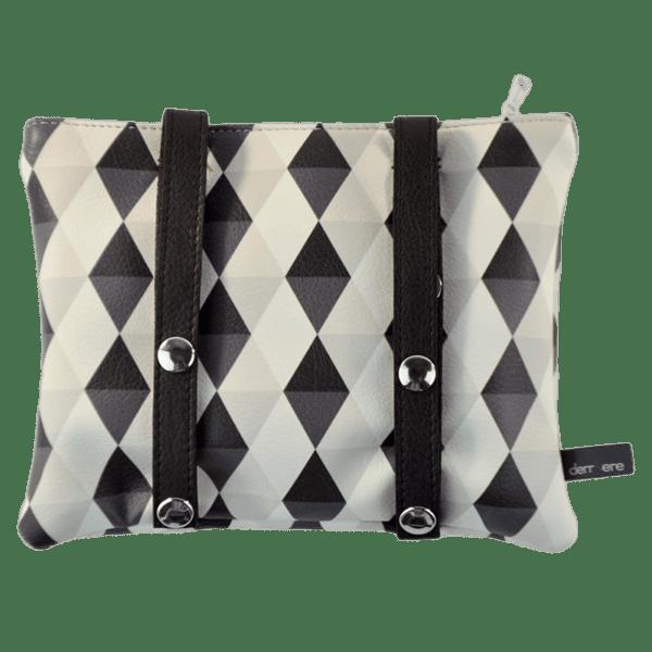 back-belt-bag-rhombus-pattern-detail