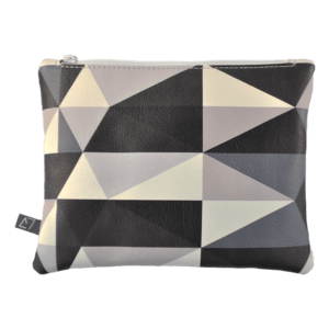Belt-bag-pochette-triangle-front