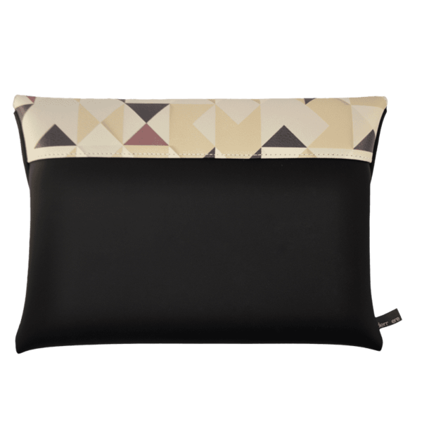 clutch-bag-ipad-case-9.7-neoprene-graphic- triangle-pattern-beige-back